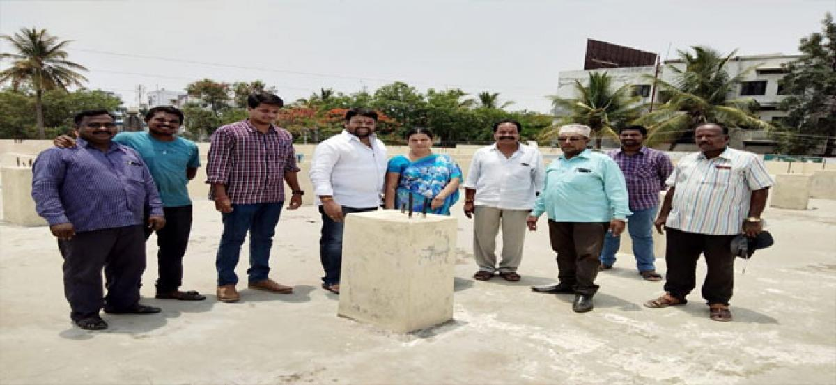 Shanthi to sanction funds for community hall