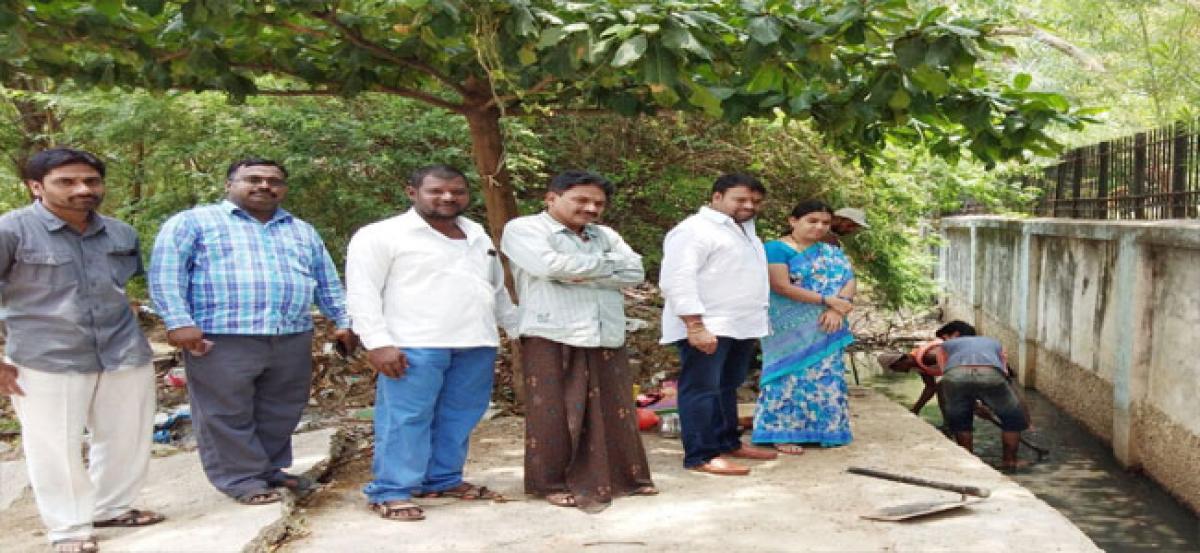 Corporator Shekar tours Savarkar Nagar