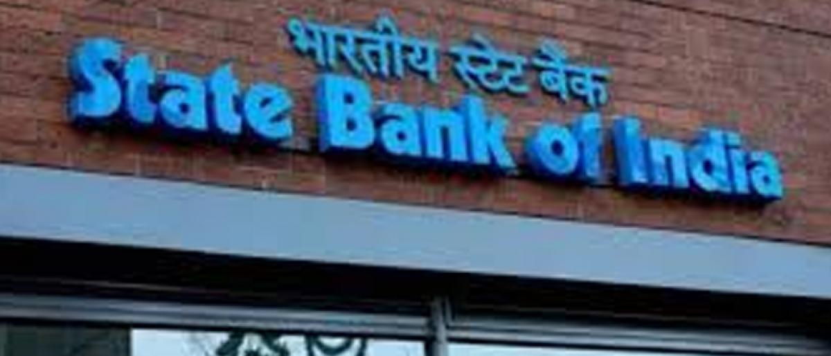 Govt to recapitalise few PSBs with Rs 10k cr soon