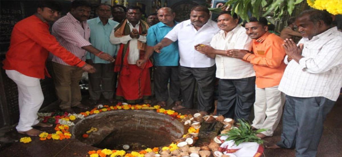 Shiva lingam installed at Bhulaxmi temple