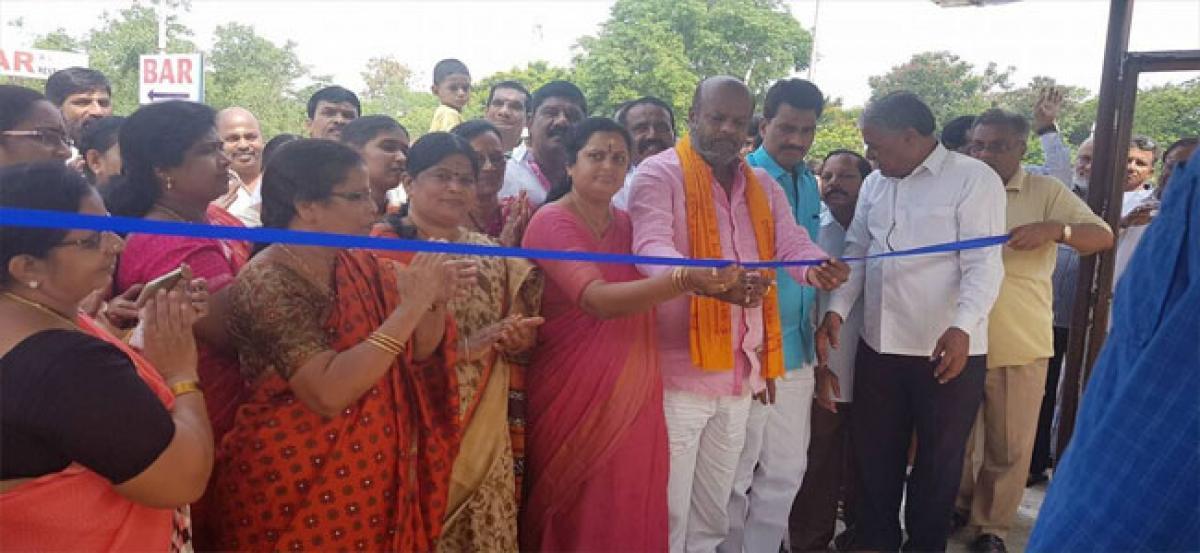 Krishnaveni Group builds two bus shelters