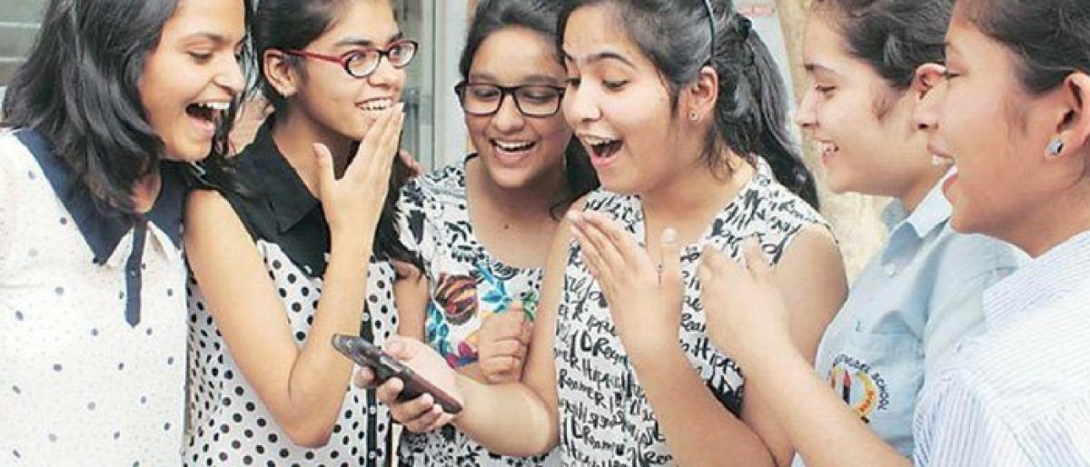 Girls outshine boys in SSC advance supplementary