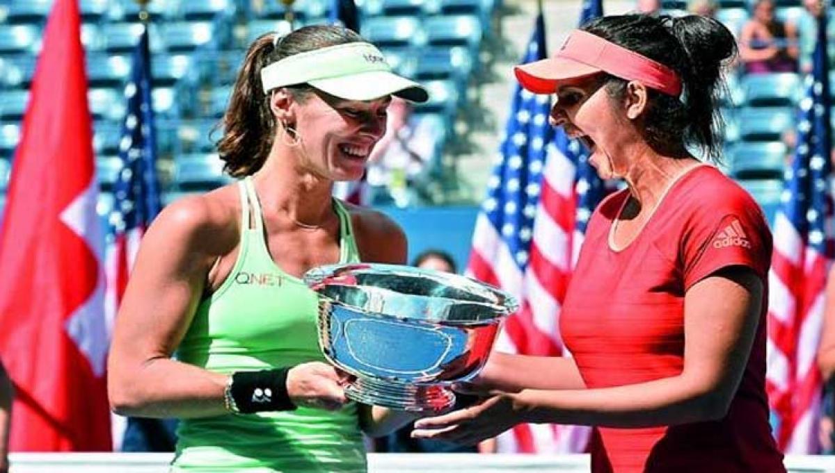Sania-Huber pair in third round