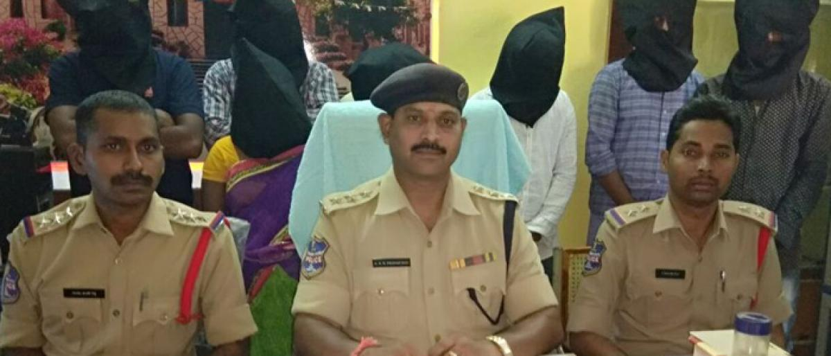 Woman arrested for plotting to kill hubby's lover in Bhupalpally