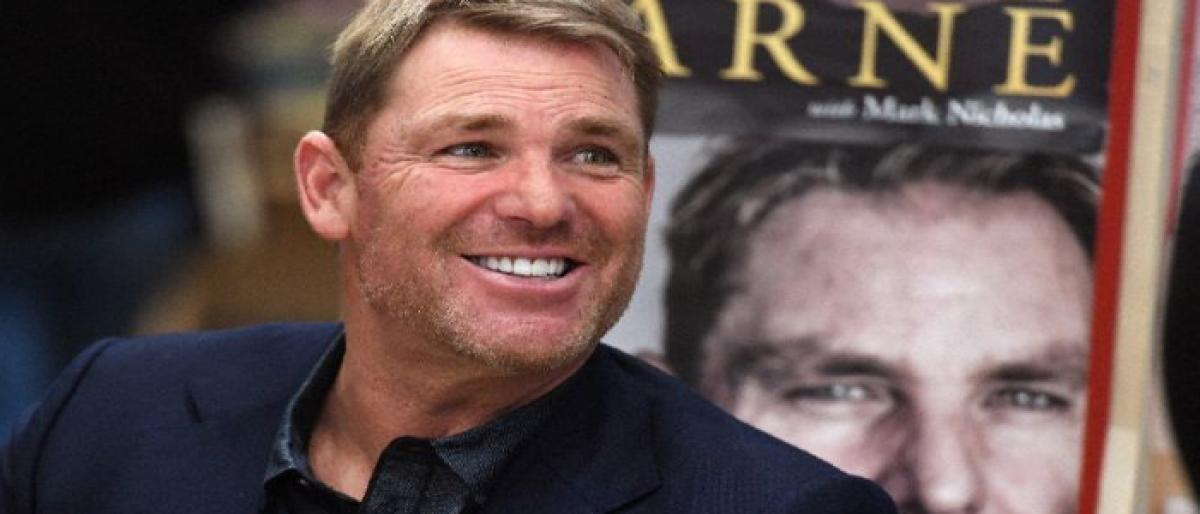 Shane Warne offers to help beleaguered Cricket Australia