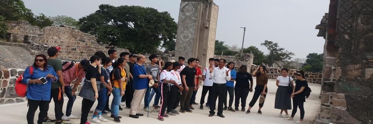 Singapore team visits Kondapalli fort