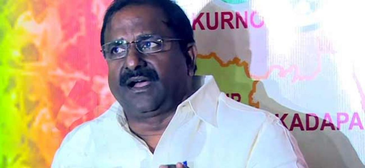 BJP Leader Complains Against AP Govt On Airport Tender
