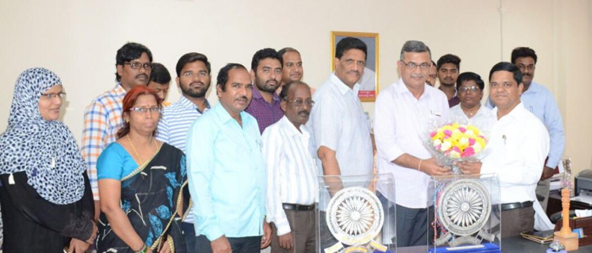 Suryapet District Collector felicitated
