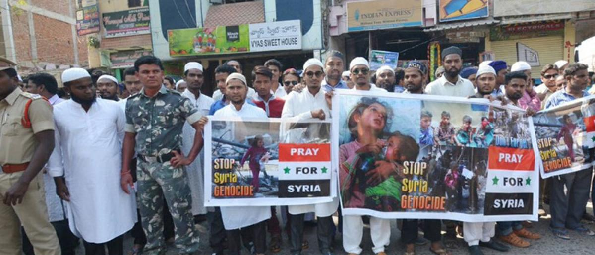 Muslims take out rally in solidarity with Syria victims