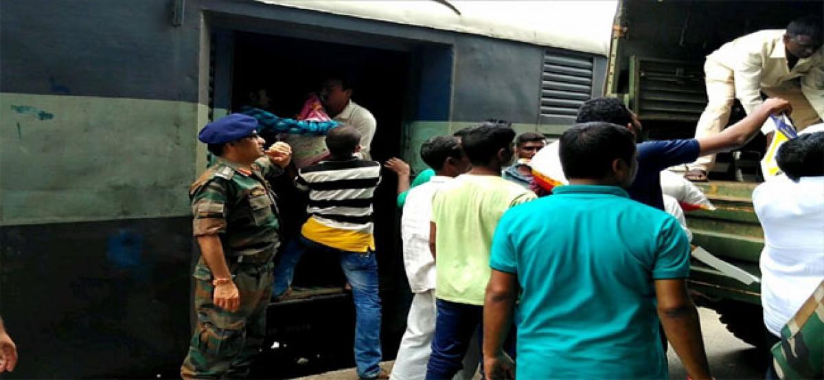Operation SAHYOG: Kerala flood relief operations by Telangana & Andhra Sub Area