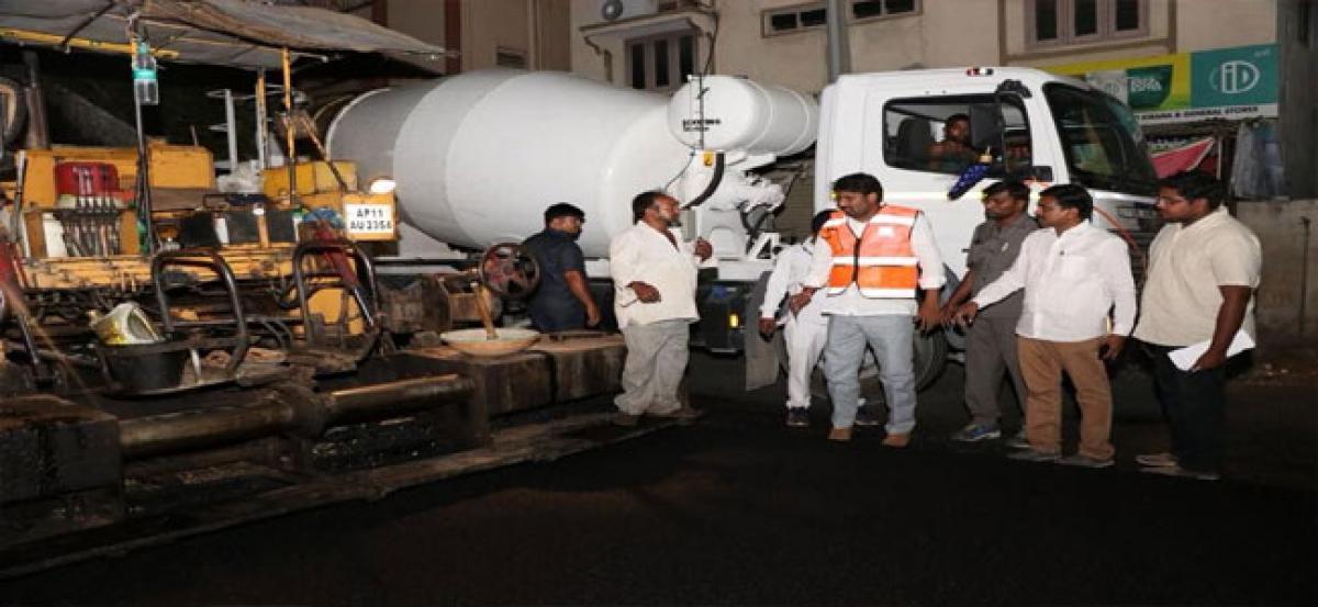 Road works at Chandanagar