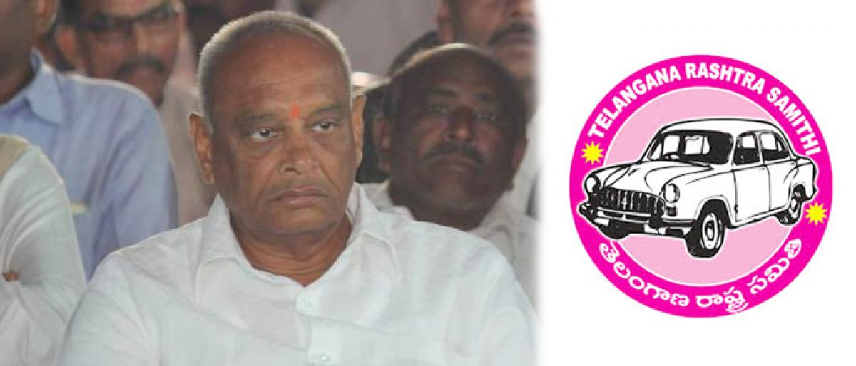 Former minister from Congress Jalagam Prasad Rao to join TRS tomorrow