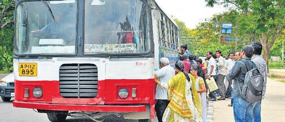 TSRTC unions call for success of strike