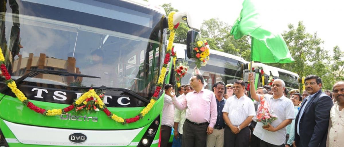 Hyderabad gets first lot of electric buses from Olectra-BYD