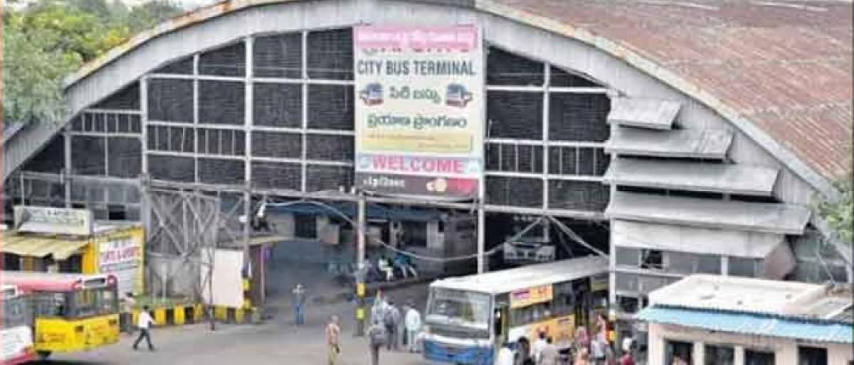 Nizam-era Gowliguda bus hangar collapses