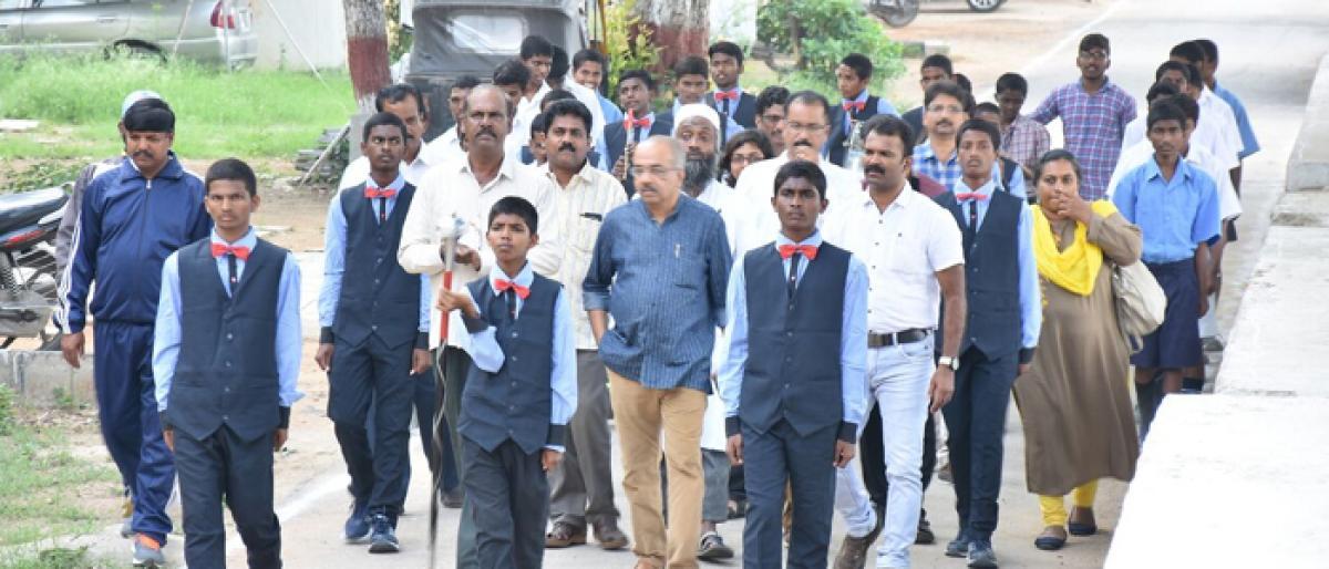 Kerala team visits TSWREIS schools