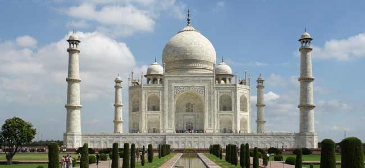Vision document on Taj Mahal should consider issues like pollution in TTZ: SC