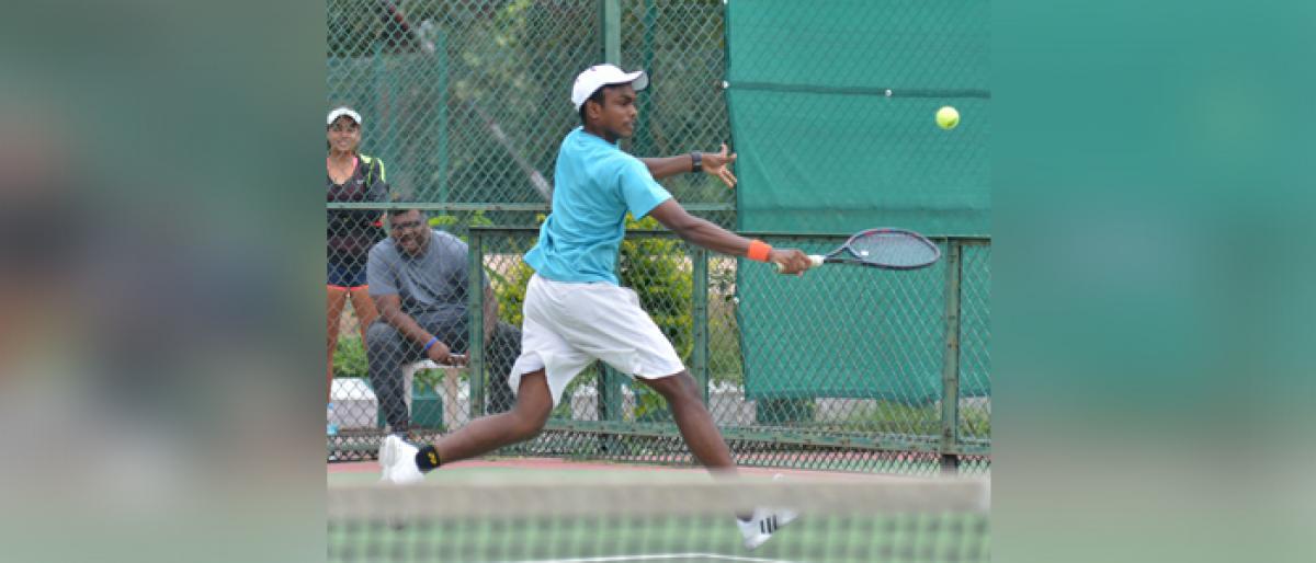 Sandeepti, Sarah spring surprises in Under 18 Tennis Tournament