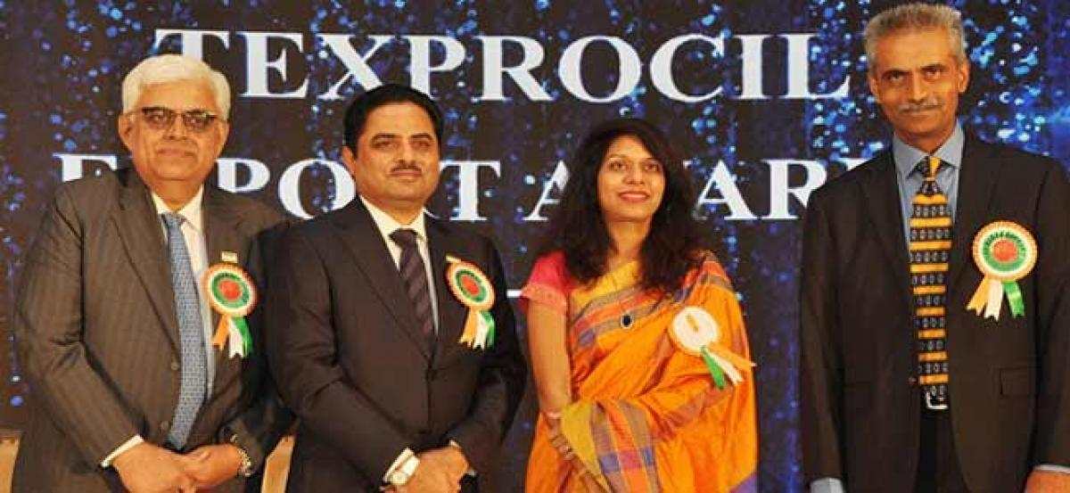 Texprocil celebrates its member exporters at the Annual Awards presentation