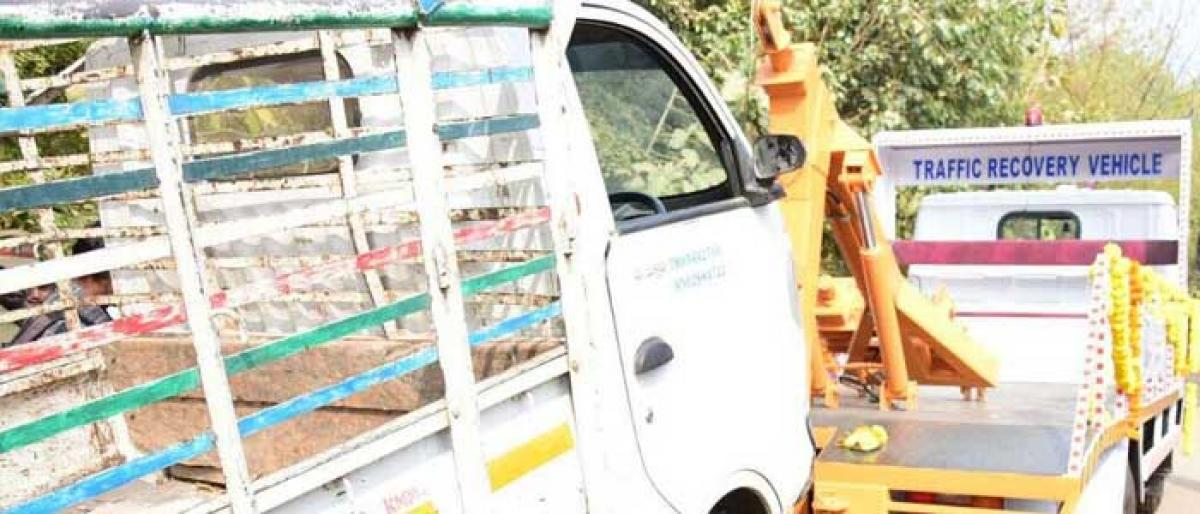 Tow truck launched in Khammam