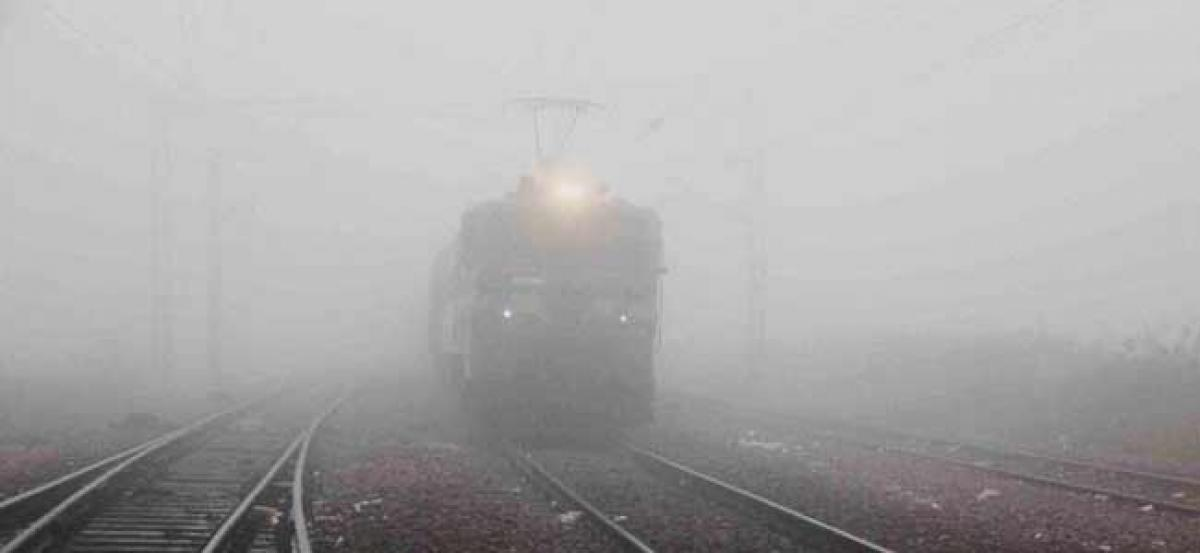 Cold morning in Delhi, 18 trains cancelled