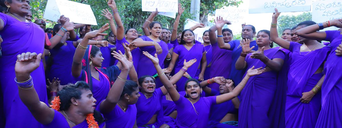 Transgenders stage protest against Anti-Trafficking Bill