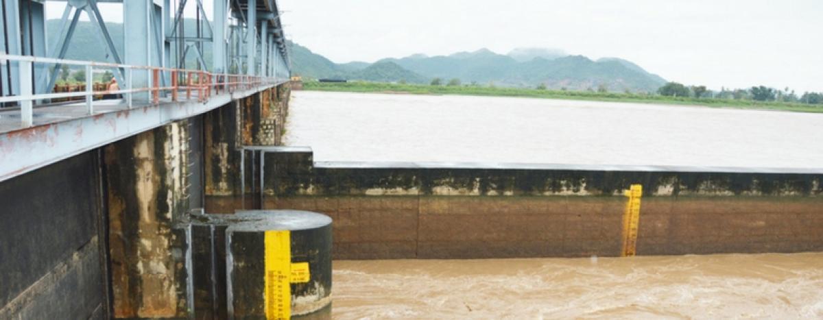 Floods recede in Vamsadhara, Nagavali
