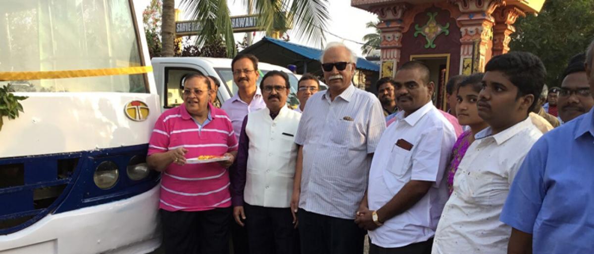 Trushul Group donates van & cash to Rotary Club