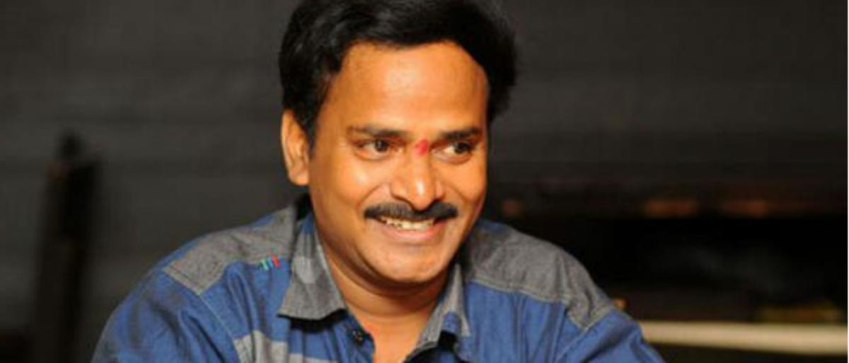 Comedian Venu Madhav files nomination as independent candidate