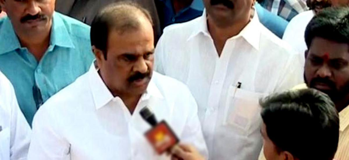 YSRCP Leader Throws Big Challenge To TDP MPs