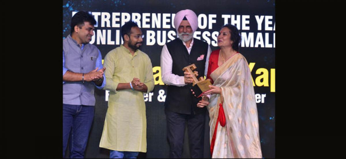Hubhoppers founder bags Entrepreneur of the Year (Online Business) award