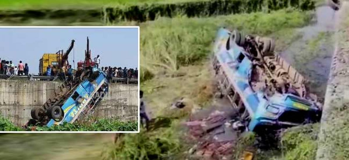 5 dead as bus falls into canal in West Bengals Hooghly district