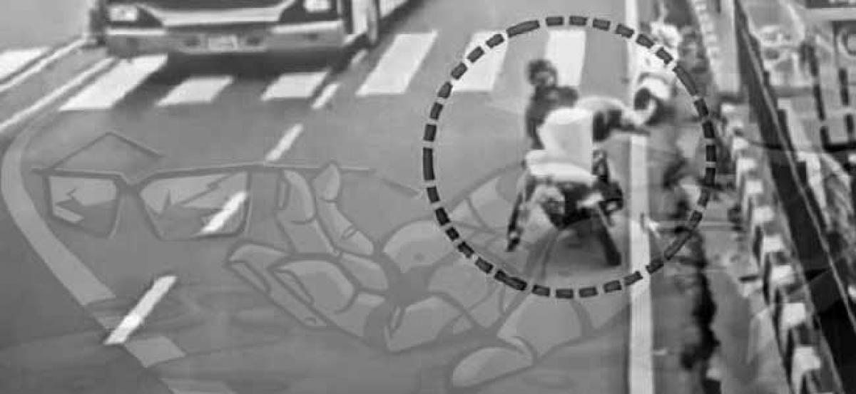 Two killed as biker tries to avoid hitting a pedestrian crossing road on Tank Bund