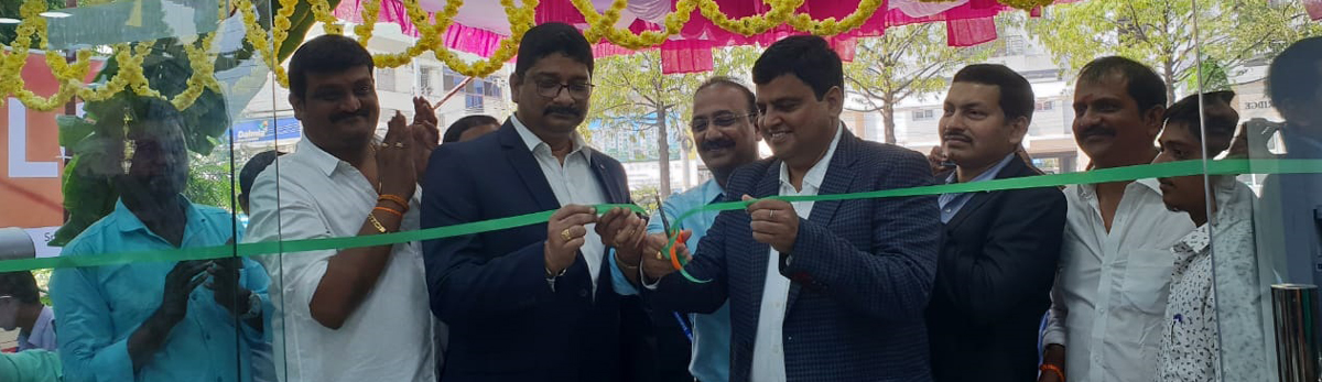 Sri Vyjayanthi Electronics and Furniture Mall's new showroom inagurated