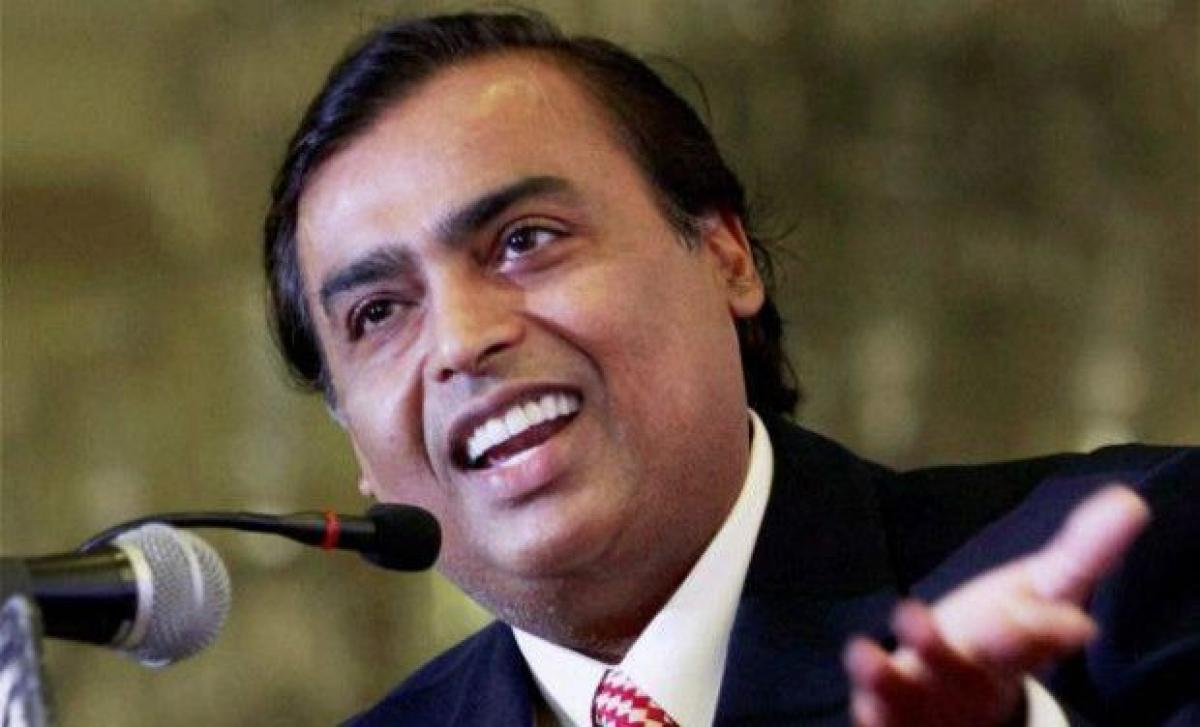 RIL to invest Rs 1.5tn in 3 yrs