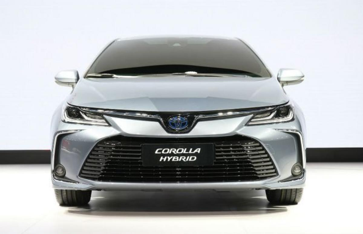 2019 Toyota Corolla Showcased: India Launch Expected Next Year