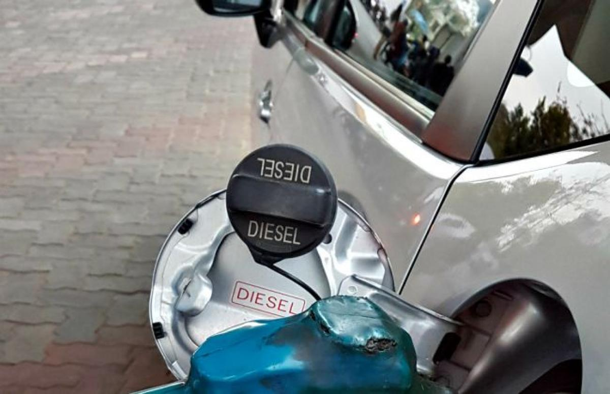Diesel Cars To Cost Around Rs 2.5 Lakh More Than Petrol In 2020, Heres Why