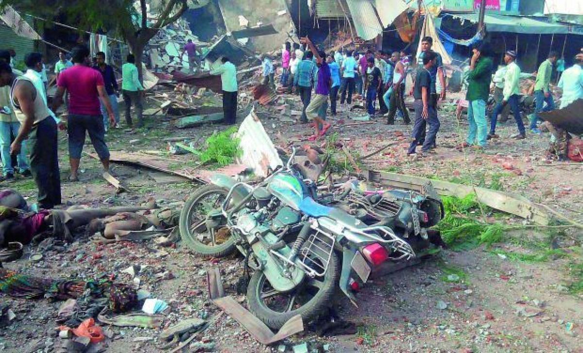 Explosion near BJP office in Bangalore, 16 hurt