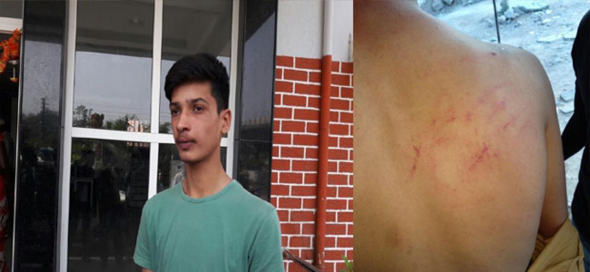 Bouncers beat up Dabeerpura boys