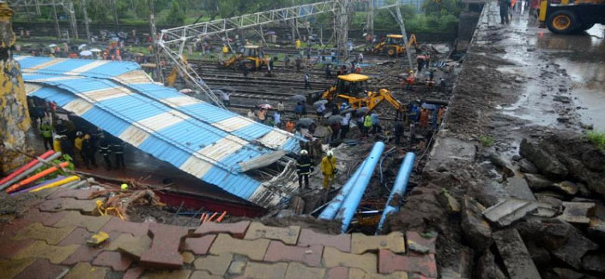 Andheri bridge collapse: Western Railway resumes train services; one still critical