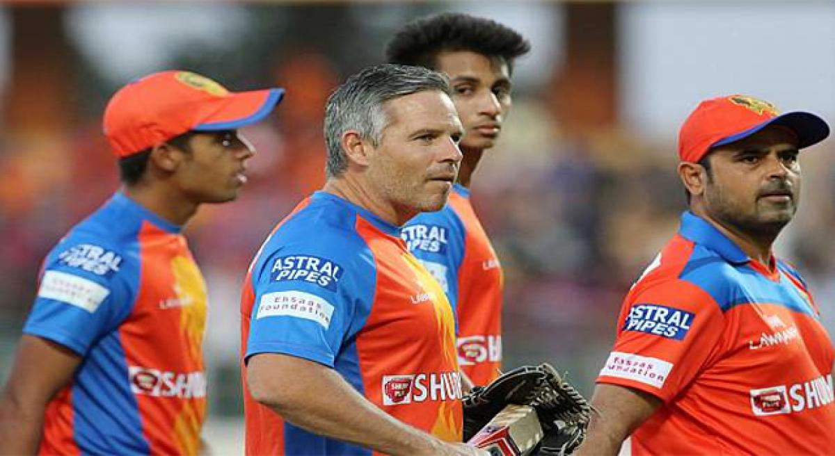 Brad Hodge to coach KXIP