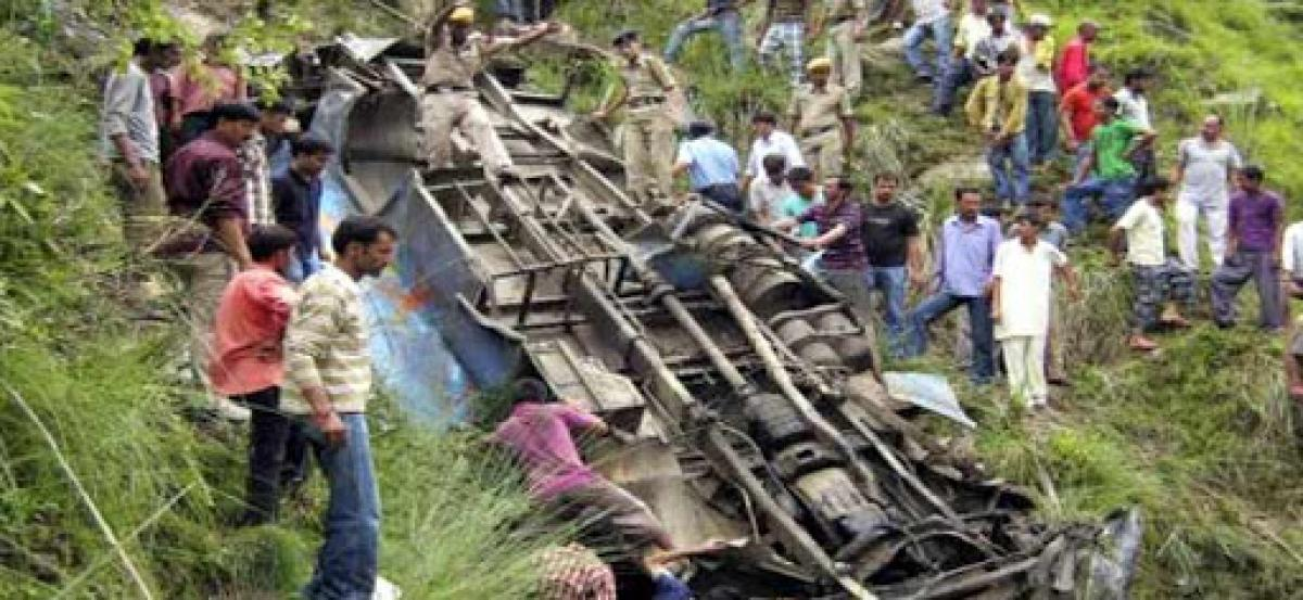 33 killed as bus with students heading for picnic falls into gorge in Raigad