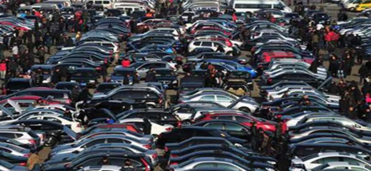Car sales down 1.25%; passenger vehicles up 7.57% in January
