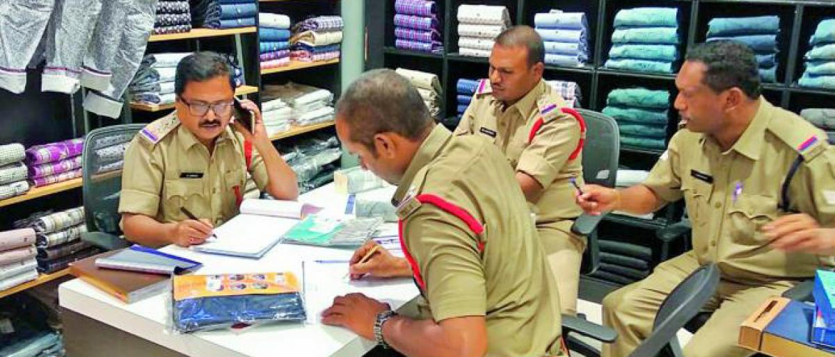 Legal Metrology conduct raids on 50 textile shops, 200 cases filed for cheating customers