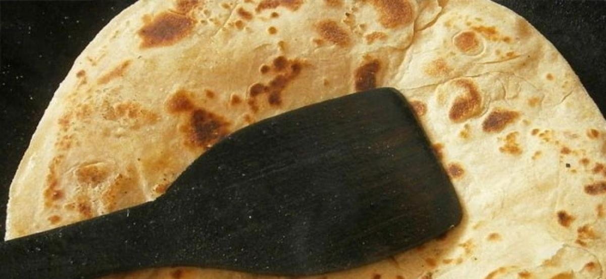 UP woman given triple talaq, forced to leave husband's house over burnt chapati