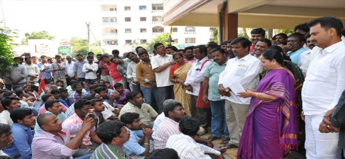 Electricity contract workers lay siege to MLA's house