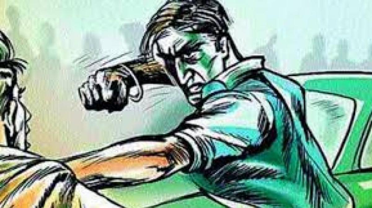 2 killed in drunken clash at Gannavaram