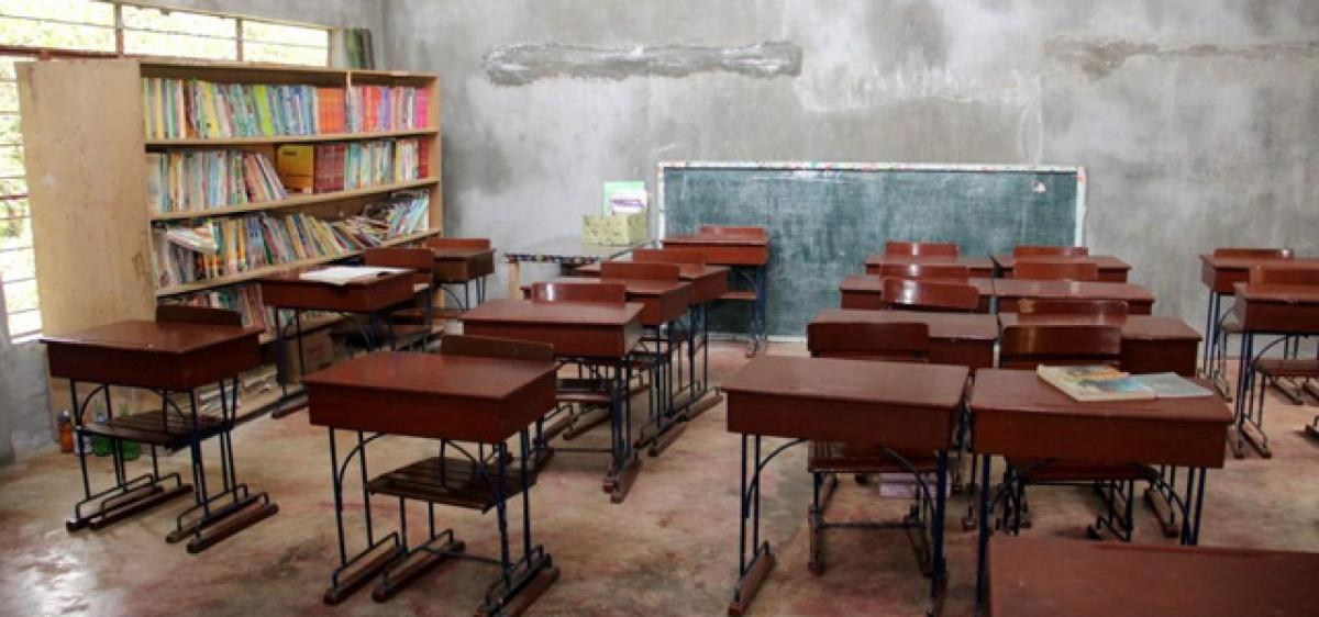 Reconstruct the classroom