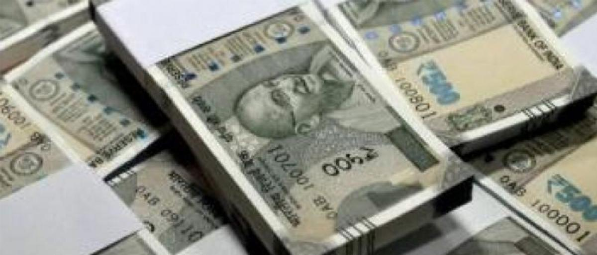 Fake currency racket busted in Karimangar, Rs 79 lakh seized