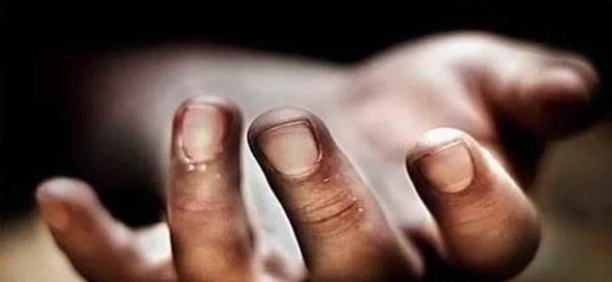 Hyderabad: Painter falls from 17th floor, dies on spot